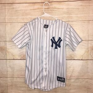 Kids New York Yankees size medium MLB jersey